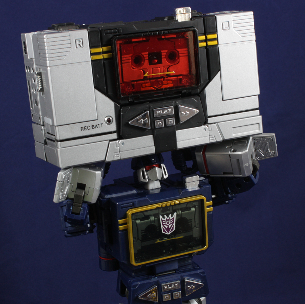 Transformers Masterpiece MP-13B Soundblaster Review