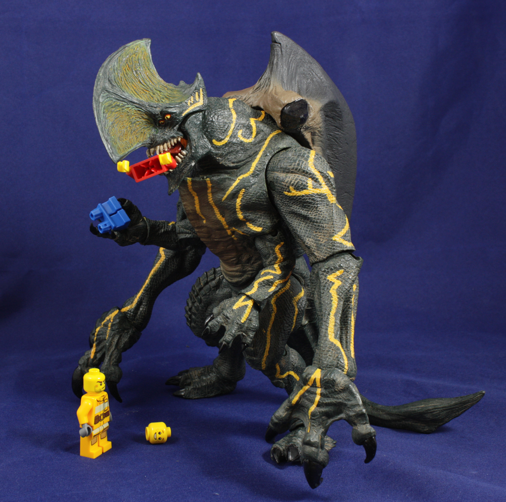 NECA Pacific Rim S3 Trespasser Review