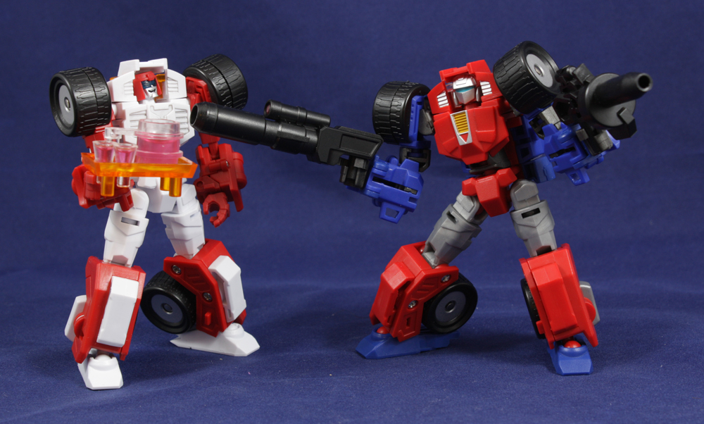 Maketoys Trash-Talk and Cogwheel (Transformers Swerve and Gears) Review