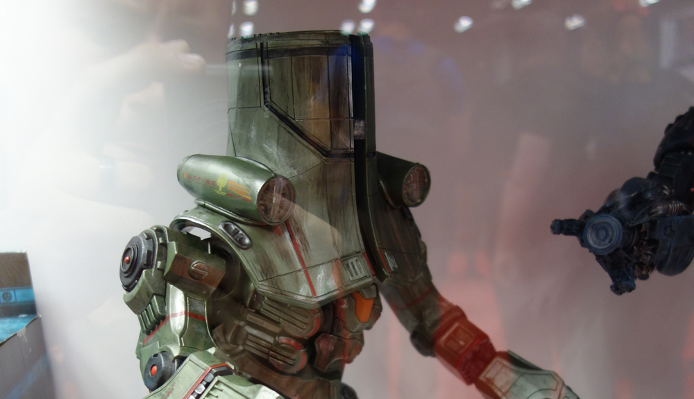 NYCC 2014: NECA Pacific Rim and Godzilla