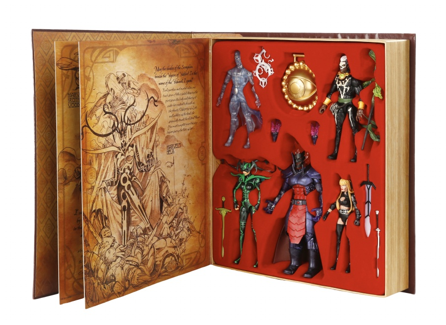 SDCC 2015: Hasbro Marvel Legends Dr. Strange Exclusive Box Set!