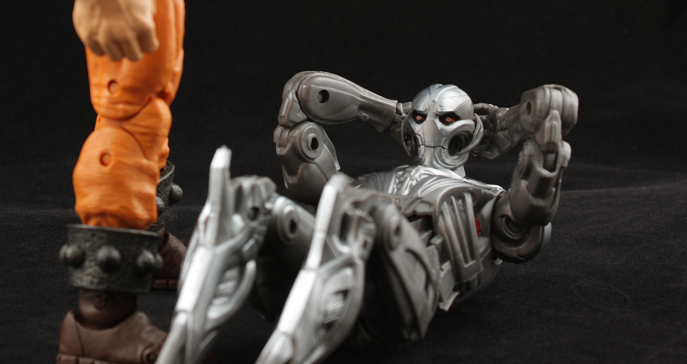Marvel Legends Ant-Man Series Ultron Build-A-Figure Review