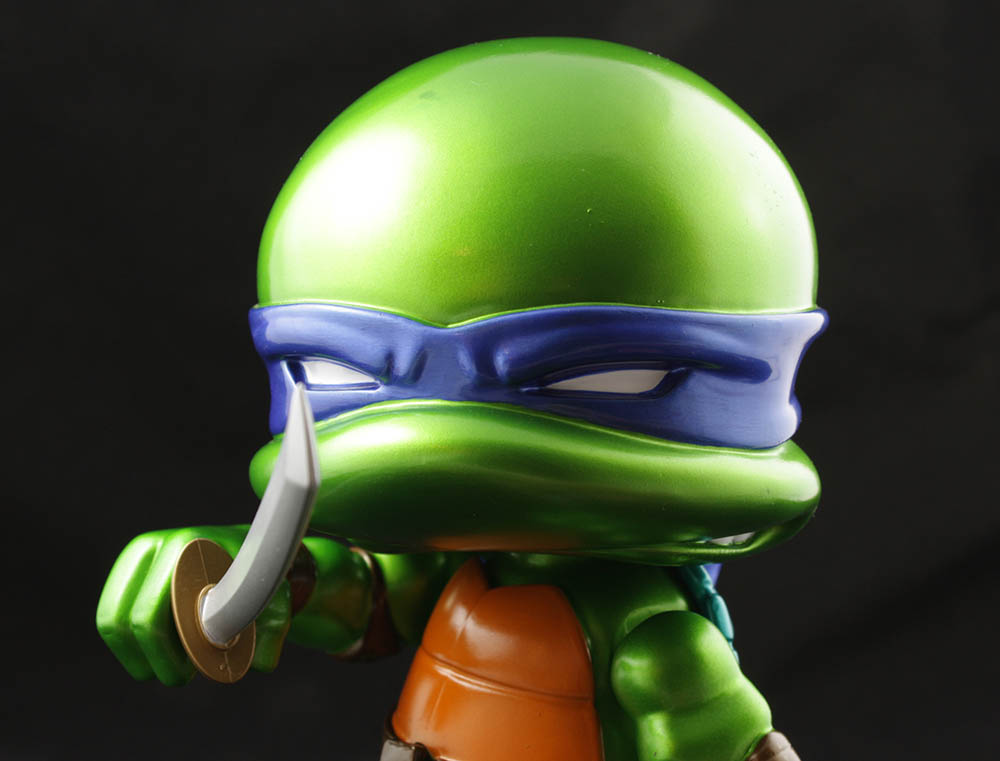 The Loyal Subjects TMNT Action Vinyl 8-Inch Metallic Leo Review
