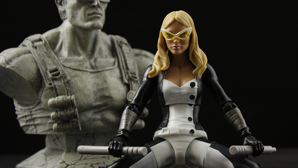 Marvel Legends Onslaught Series Mockingbird Review