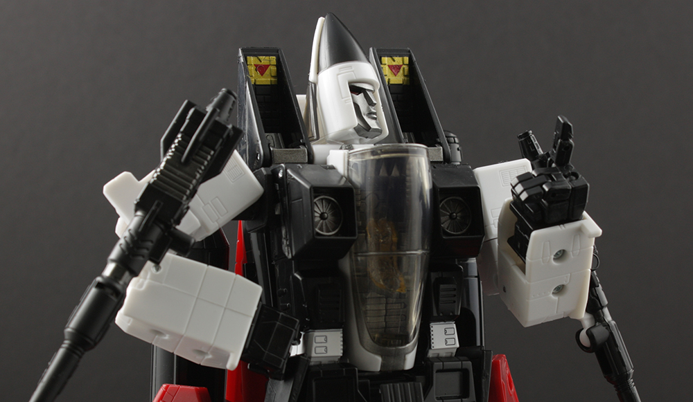 Transformers Masterpiece MP-11NR Ramjet Review