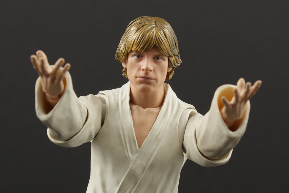 S. H. Figuarts Star Wars Luke Skywalker (Tatooine) Review