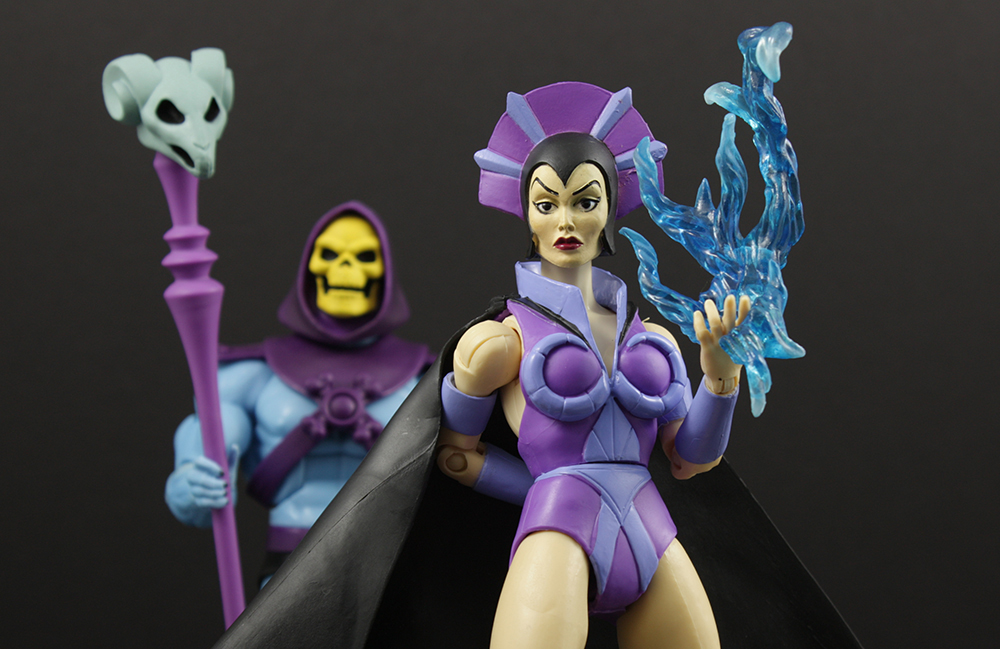 Mattel MOTUC Filmation Evil-Lyn Review