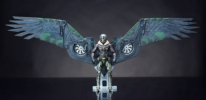Hasbro: Spider-Man Homecoming Marvel Legends Vulture with Build-A-Figure Wings!