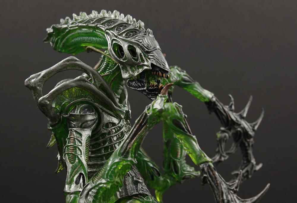 NECA Aliens Series 10 Mantis Alien (Kenner) Review