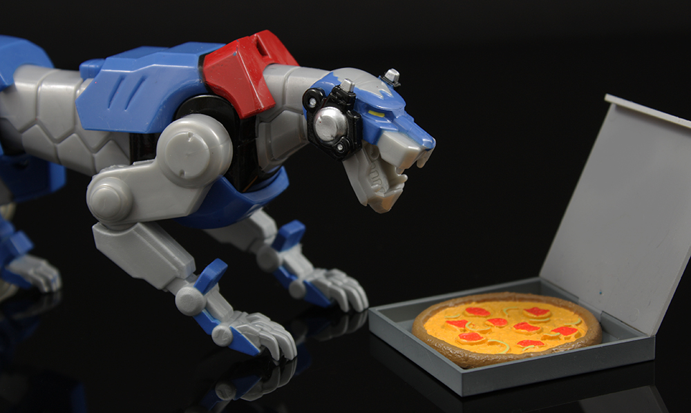 Playmates Voltron: Legendary Defender Blue Lion and Lion Attack Voltron