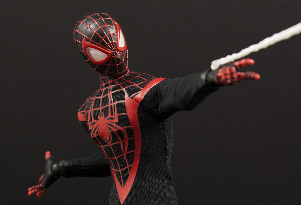 Mezco One:12 SDCC 2017 Exclusive Miles Morales Spider-Man Review