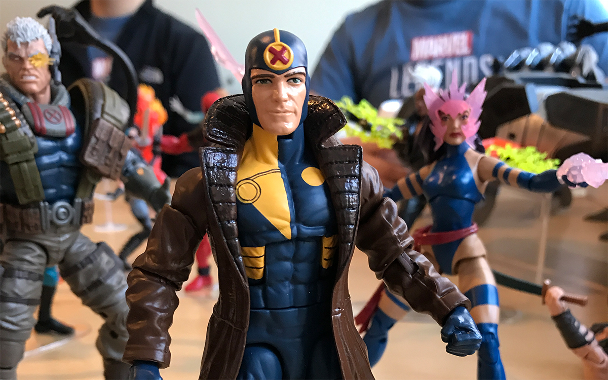 NYCC 2017: Hasbro Marvel Legends In Hand Reveal Pictures!