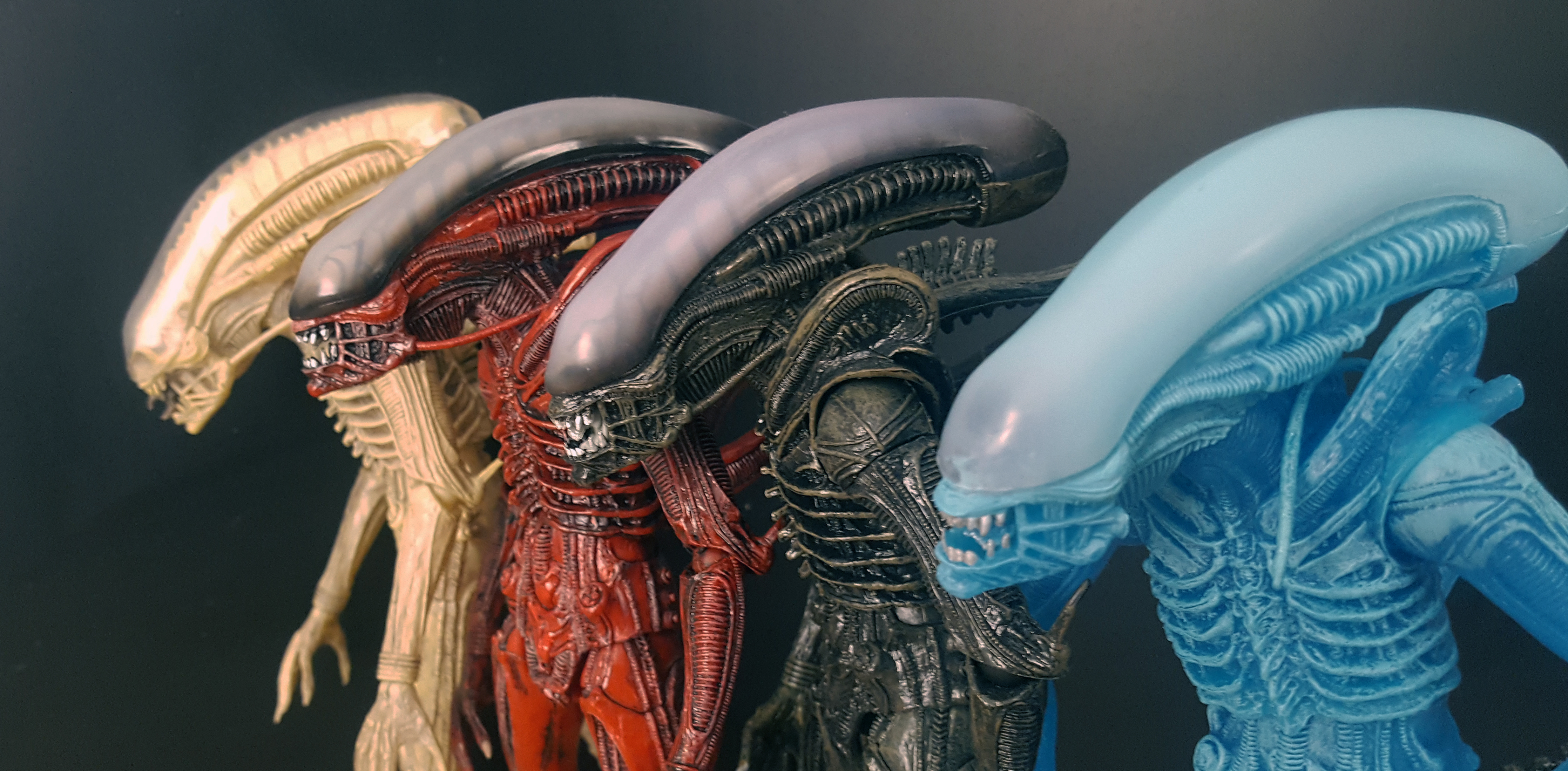 NECA Aliens Series 11 (Lambert, Defiance Xenomorph, Kenner Blue Alien Warrior) Review