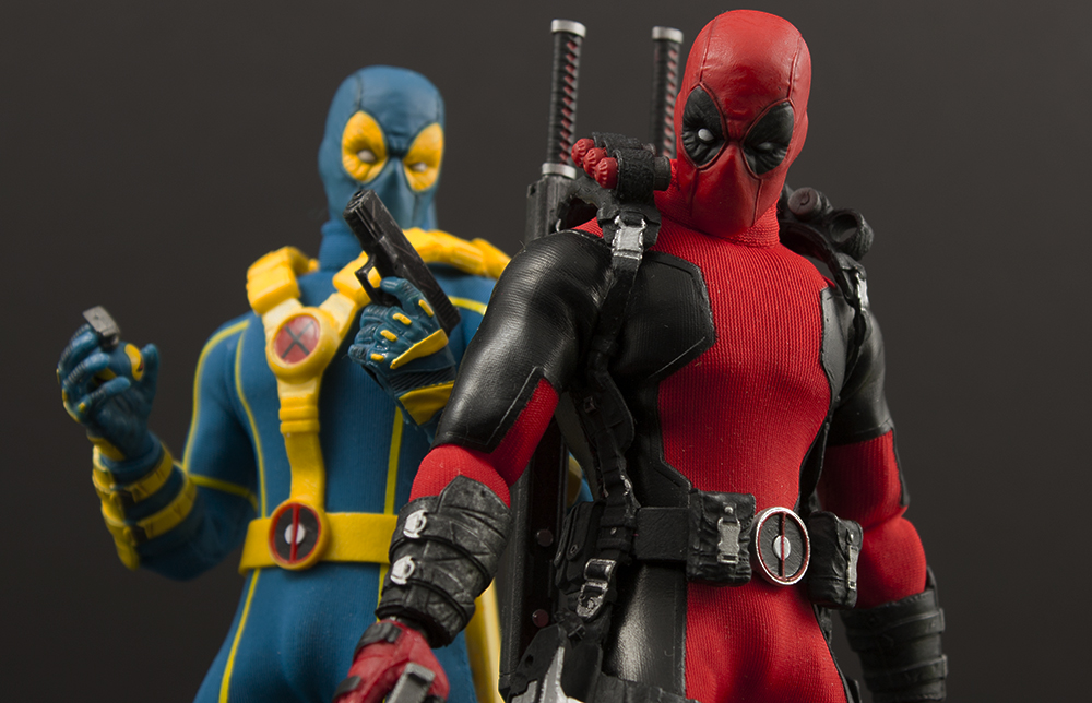 Mezco One:12 Deadpool and SDCC 2017 Exclusive (X-Men) Deadpool Review